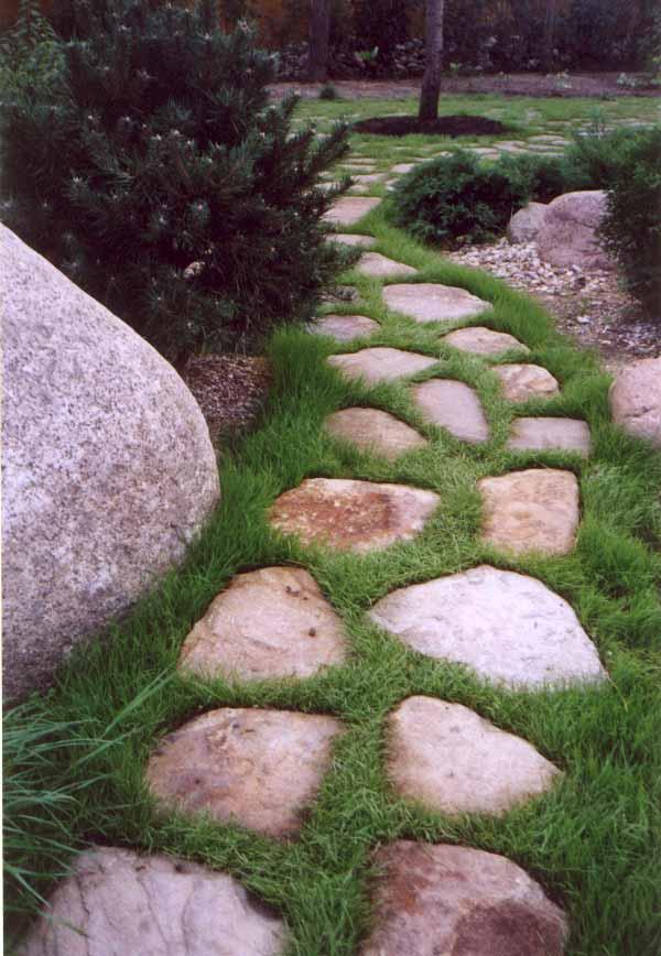 Как сделать дорожки из природного камня своими руками 9