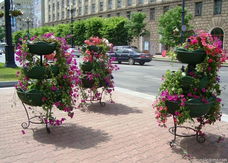 Вазоны для уличных цветов своими руками