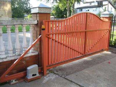 Ворота на участке