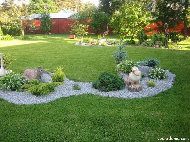 Садовые фигурки на садовом участке дизайн