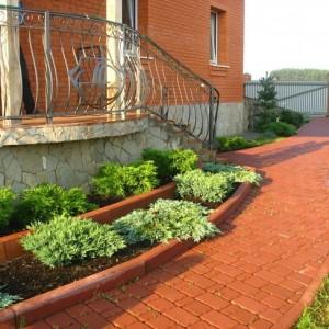 11-garden-path