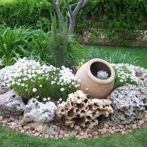 13-flowerbed
