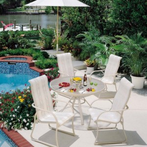 16-garden-furniture