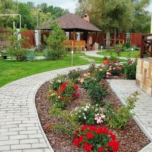17-flowerbed
