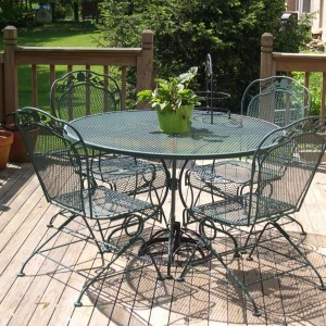 18-garden-furniture