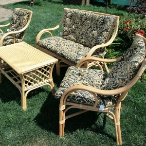 20-garden-furniture