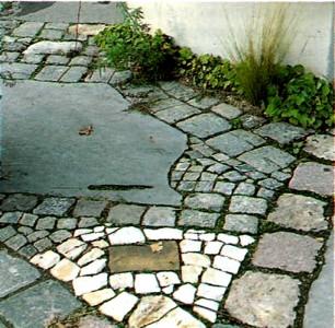 Дорожки из природных камней