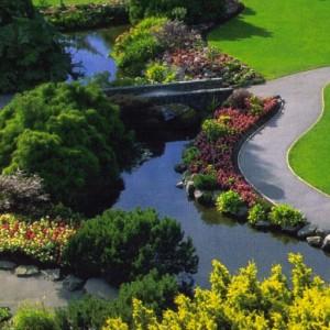 32-garden-path