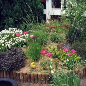 33-flowerbed