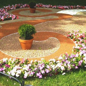 35-garden-path