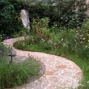 42-garden-path