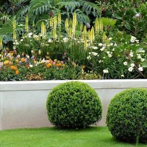 6-flowerbed