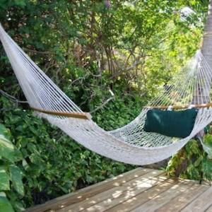 hammock-in-garden1-3