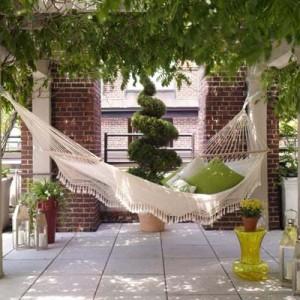 hammock-in-garden4-2