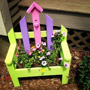 planting-flowers-in-chairs3-1