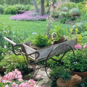 vintage-garden-pots1-10