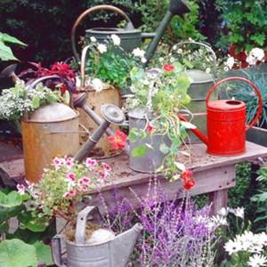 vintage-garden-pots1-3