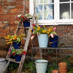 vintage-garden-pots1-4