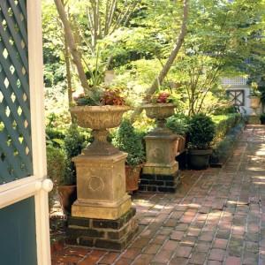 vintage-garden-pots3-1