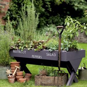vintage-garden-pots5-5