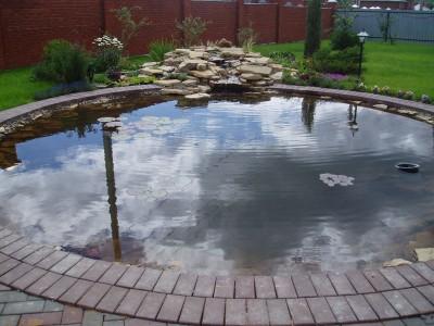 Защита водоема от затопления с помощью дренажа