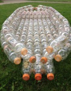 бассейн из пластиковых буьылок